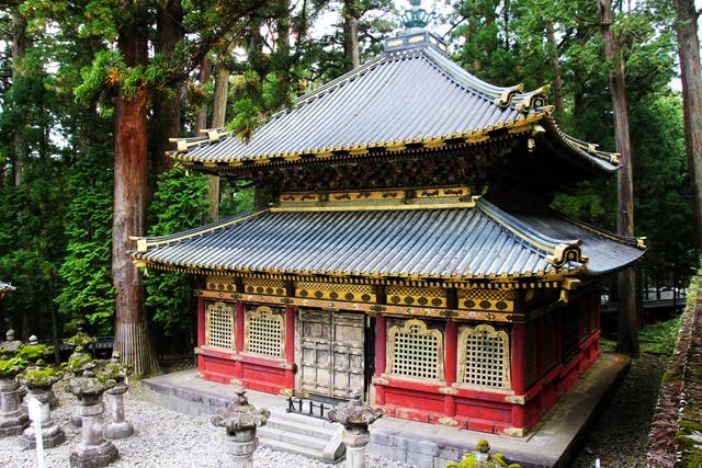 Nikko Toshogu 8