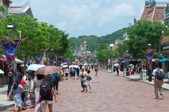 Main Street cong vien disneyland HK