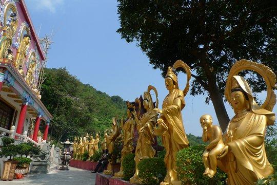 buddhas monastery hong kong