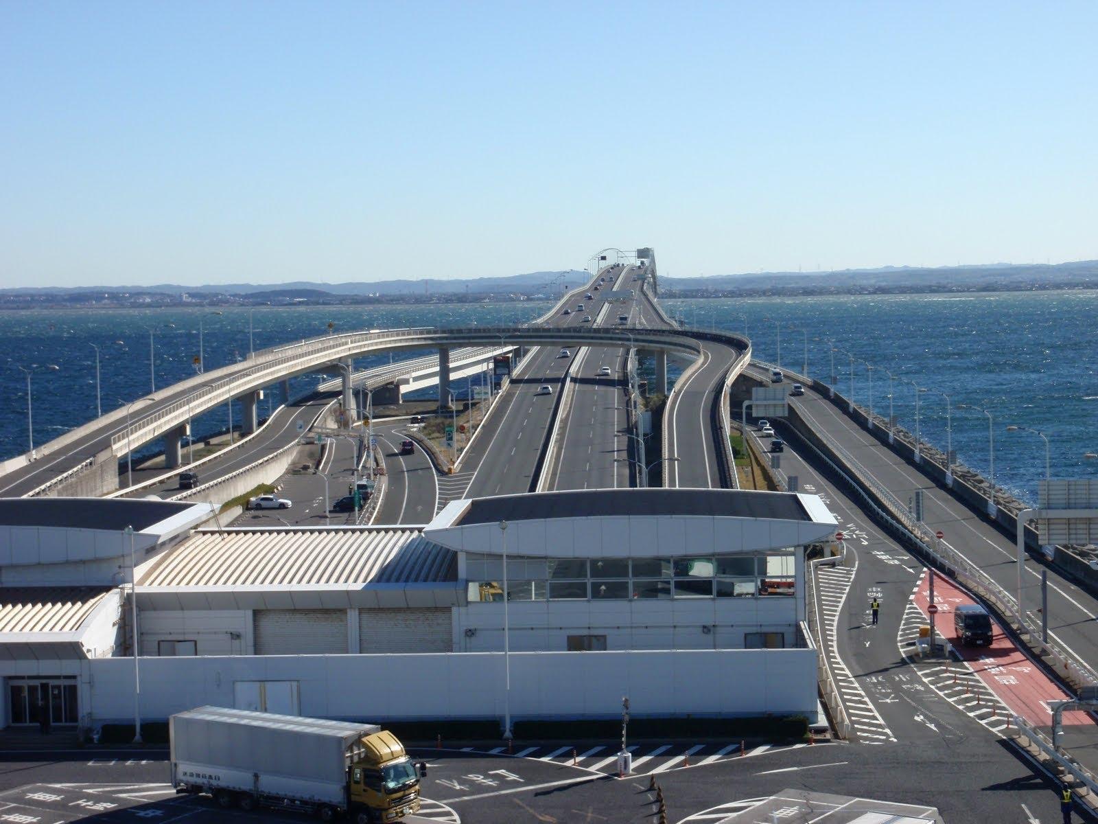 Tokyo Bay Aqua line 2