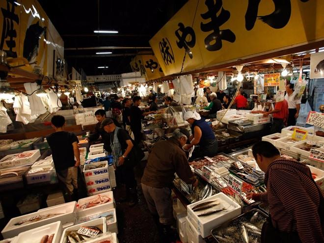 cho ca Tsukiji 2