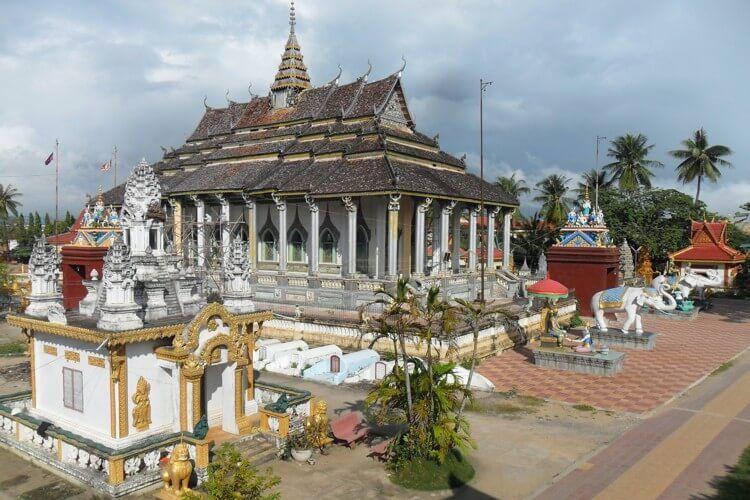 tham quan thanh pho Battambang campuchia 7